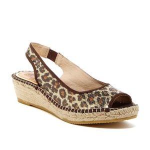 6ad7b958c6993 Vidorreta leopard sequin 9 espadrille sandals